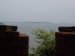 Fort Aguada 55 (bobebear) Tags: sea india by port coast trading when western ft they arabian built aguada ruled portugese