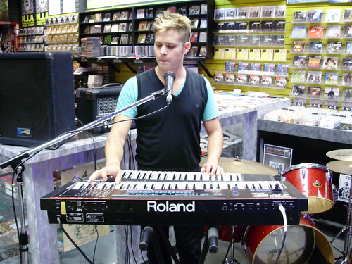 Rockenspiel! live! in-store performance at Music Trader on August 29 2008