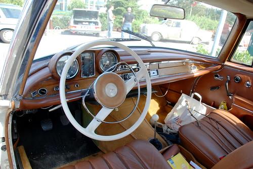 1965 Mercedes Benz 220 (W111).