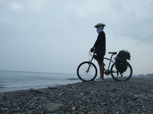 你拍攝的 Heyping穿著彩虹單車環島。