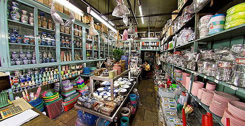Chiang Heng, a third-generation kitchen supplies store on Th Charoen Krung, Bangkok