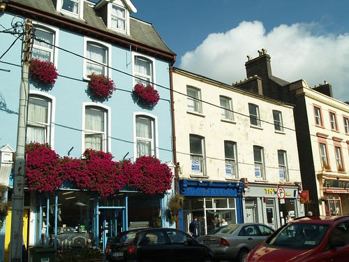 "Downtown Cobh • <a style=""font-size:0.8em;"" href=""http://www.flickr.com/photos/75673891@N00/2912519864/"" target=""_blank"">View on Flickr</a>"