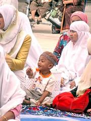 PATTALUNG SERRIES-47 (dol2519) Tags: people color love asian thailand happy asia muslim islam eid hijab 666 culture mosque east southern thai hariraya masjid asean mamak ibn eastasia asem afta  5photosaday  dol2519 pattalung earthasia sigree sigreebinmamak