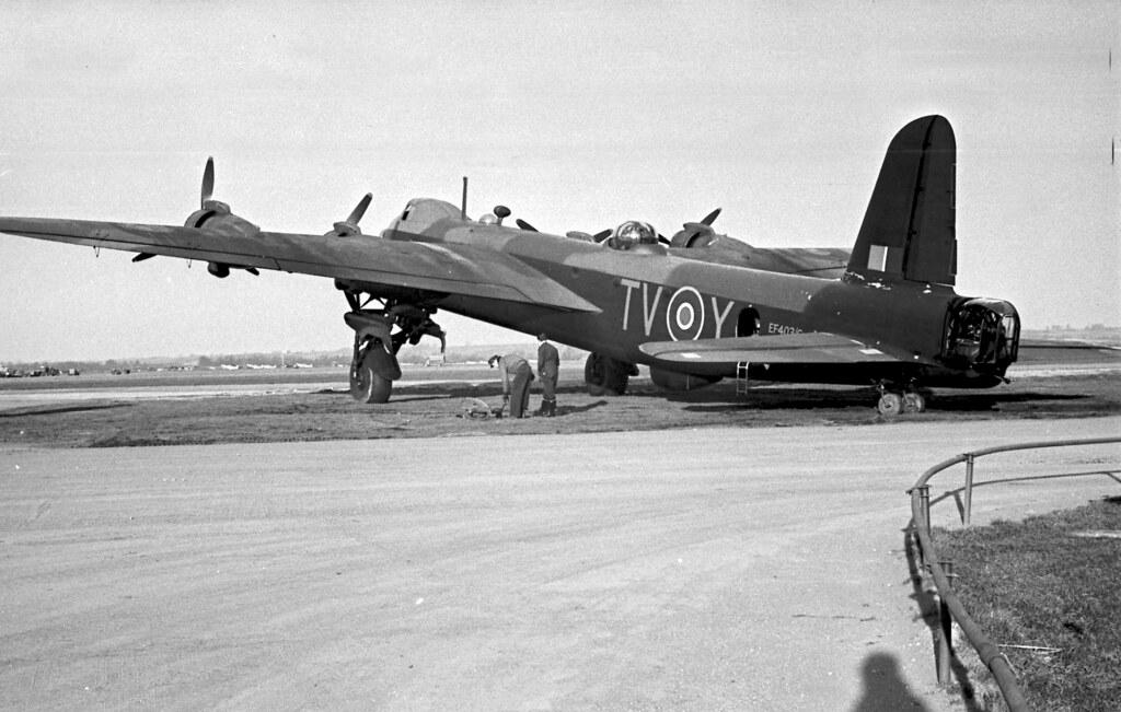 Short Stirling Bomber 04