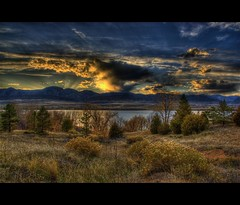 Early Sunset (Thad Roan - Bridgepix) Tags: autumn trees sunset sunlight foothills lake mountains fall nature water clouds landscape colorado denver foliage explore rockymountains rays chatfield sunrays hdr littleton naturesfinest photomatix 200811