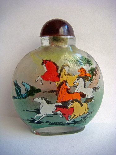 Horse Painting in Handicraft Bottles, Handicraft Bottles