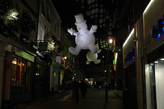 OLDP12.04.08b - Giant Floating Snowmen about to Shit All Over Carnaby Street