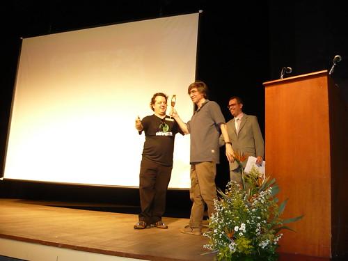 Guilherme entrega o VENTO NORTE em homenagem ao Giba