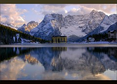 Winter Light (oar_square) Tags: italien italy lake mountains fall water reflections hotel italia dolomites italianalps cate misurina smrgasbord spectacularlandscape copenhaver oarsquare totaalphoto