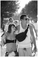 Prban (.:oriGnal:.) Tags: street summer bw love girl festival naked couple pentax body crowd clothes sunglass grayscale ff 50200 k200d balatonsound