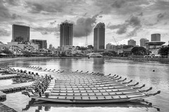 Boat Quay (GenkiGenki) Tags: sky blackandwhite bw cloud building water canon river eos mono boat singapore dragonboat efs hdr highdynamicrange boatquay shophouse 1755mm 40d efs1755mmf28isusm