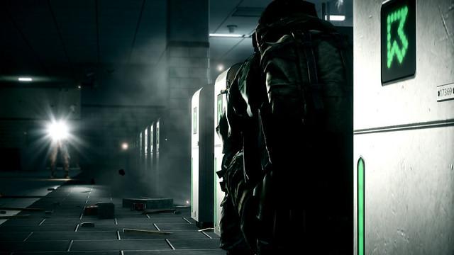 Battlefield 3 - Flashlights are deadly