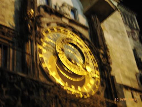 Praga by night - Orologio in piazza della citta vecchia