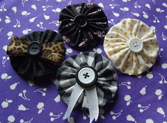 YoYo Brooches