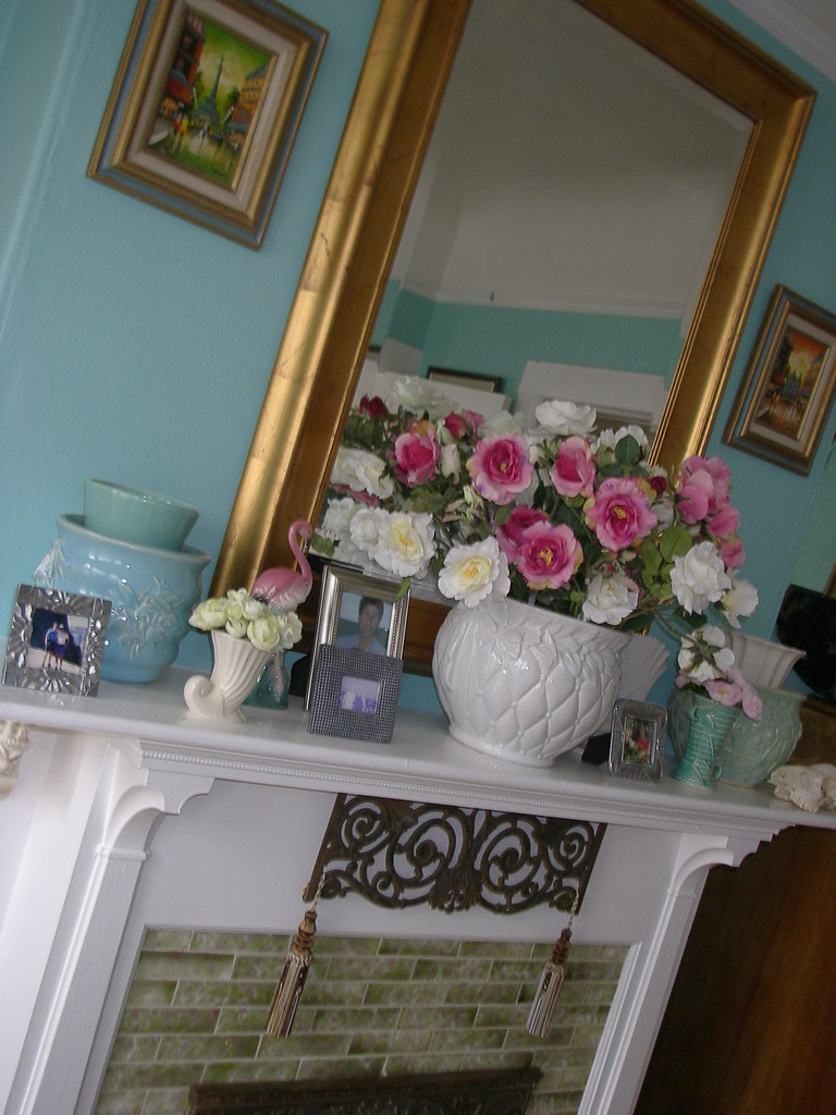 Romantic Mantel: Every Room Should Have One
