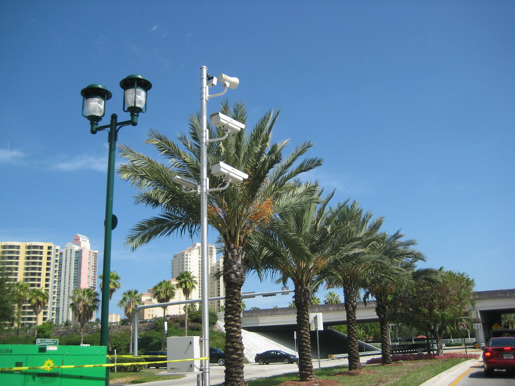 Traffic Light Cameras in Aventura
