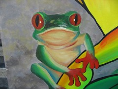 Holding on (duff_sf) Tags: mural frog foundinsf