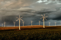 Dramatic Wind Farm Blend (David M Hogan) Tags: windmill oregon energy wind cloudy basin alternativeenergy columbiariver electricity generation windfarm renewable turbines greenenergy davidhogan