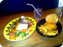 عشاي من فدركرز (Abdullah Al-Butairi) Tags: سمك دجاج فدركرز مشوي