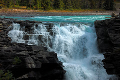 Athabasca Falls - Jasper National Park (Solojoe ️) Tags: blue canada mountains green fall water waterfall nikon rocks spray september alberta jaspernationalpark athabascafalls icefieldparkway d80 nikond80