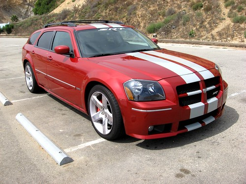 2006 Dodge Magnum SRT-8 - Inferno Red 2006 Chrysler 300C SRT-8 - Silver