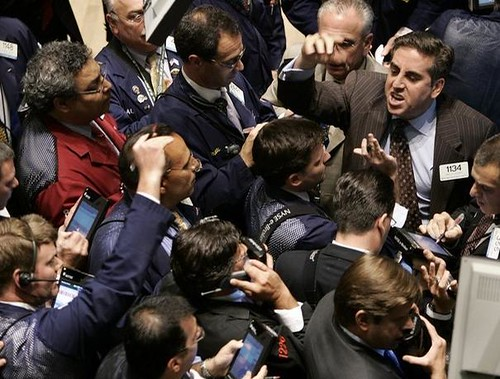 Information-hungry stay glued to CNBC