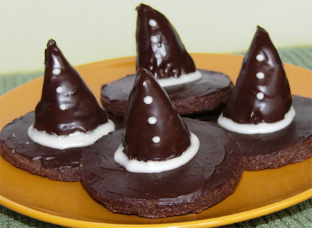 Halloweegan Witches' Hats