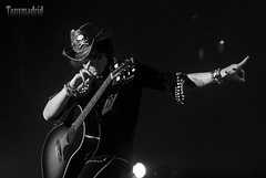 Bunbury en el concierto de Madrid 14 (Tonymadrid Photography) Tags: nikon bn heroes d200 enrique bunbury tonymadrid