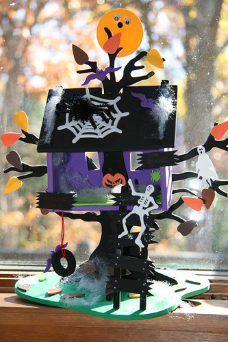 Halloween tree house