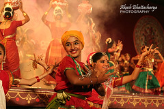 Dance | Janapada Jatre (@k@sh) Tags: night canon 350d 50mm evening dance folk bangalore best f18 lalbagh akash janapada jatre bwsjaanapadajatre08 ppexhibitiondec2008