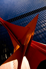 Flamingo (looking up) (dicksoto) Tags: chicago flamingo vermilion alexandercalder federalplaza kluczynskifederalbuilding