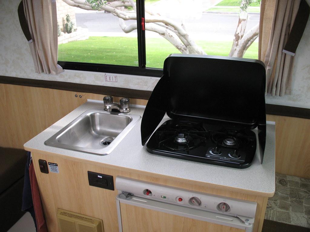 Sink & 2 Burner Propane Stove