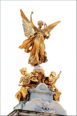 Victoria Memorial (haberlea) Tags: white london memorial whitebackground onwhite victoriamemorial