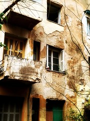 No, this is not a bad dream (Anti Lek) Tags: window scary athens greece oldbuilding