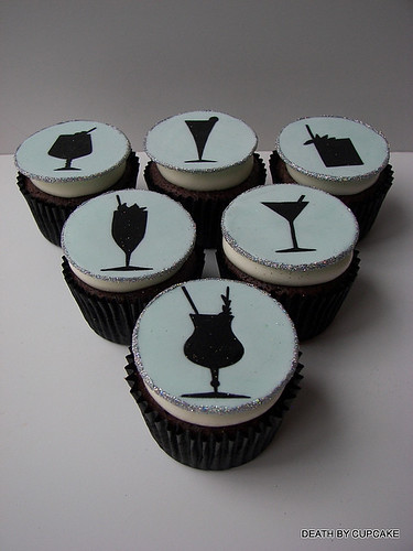 5744736989 edb027ba15 Alcohol Themed Cupcakes with Beer, Wine, Champagne and Cocktail Ideas
