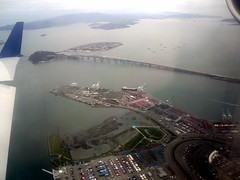San Francisco Bay () Tags: california ca bridge vacation holiday plane airplane island bay fly inflight treasureisland bur aircraft altitude flight wing jet aerialview aerial baybridge windowview bb yerbabuena newbridge rtw isla ual aereo airliner vacanze avion sfbay ua unitedairlines windowseat kalifornien crj roundtheworld globetrotter airplanewing yerbabuenaisland goatisland areo artificialisland jetwing regionaljet canadairregionaljet crj200 newbaybridge woodisland worldtraveler  16d californi ario  seabirdisland  baybridgenewspan regionaljetairliner  unitedairlines6582 flight6582