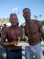 GERMAN BODY BUILDERS JUTTA AND THORSTON VENICE BEACH CALIFORNIA MAY 30, 2011 031 (NameOnRice.com) Tags: santa old city flowers venice plants usa dogs car del america marina germany los cola angeles body muscle antique police pit bull monica german giveaway cop rey builders trophy coca avon weight officer volkswagon lapd culver lifters venicebeachcaliforniamay302011