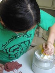 Sophia Juicing Lemons