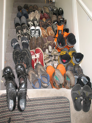 2 shoes boots sandals kobe staircase transit flipflops aldo adidas simple viking dakota docs chucktaylors rockport zamberlan crocs scarpa asolo skechers kobe2 skiboots imeldamarcos chacos fiveten caulkboots tnf koflach canwest shoechallenge rallisankari