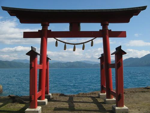 Lakeside torii