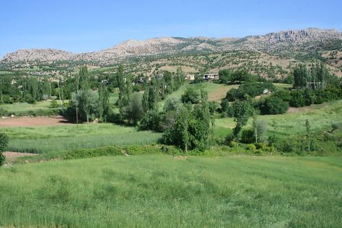 הכפר קאראדוט למרלות הר נמרוד, טורקיה