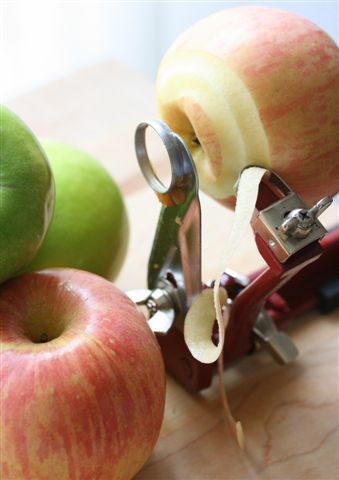 peeling mechanism of apple peeler