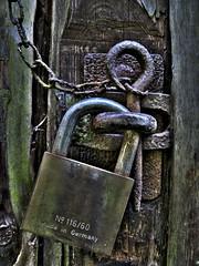 Locked (haikus*) Tags: lock locked hdr smörgåsbord