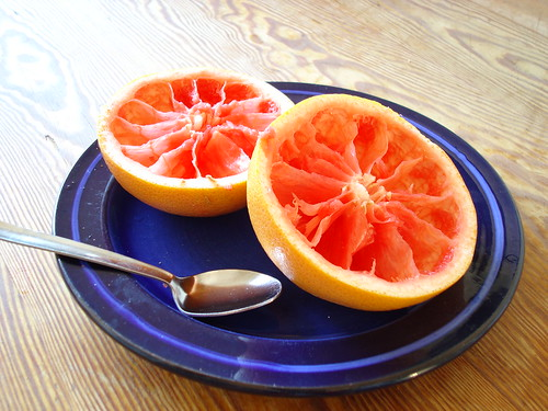 Grapefruit to help Weight Loss