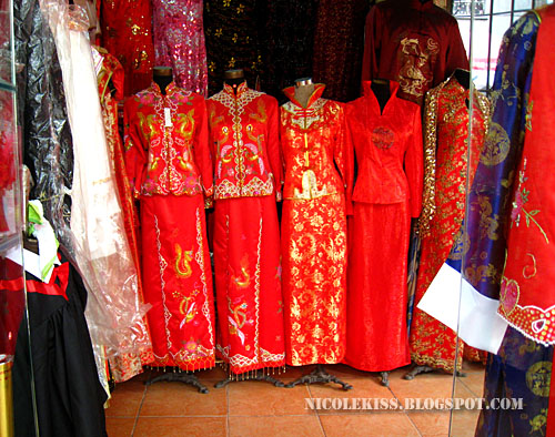 chinese red costume