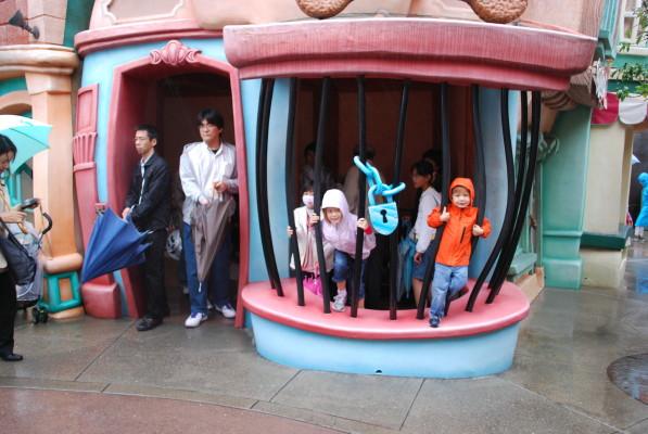 kids_jail_1
