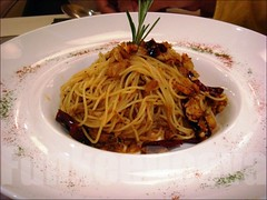 SPAGHETTI WITH DRIED CHILLI