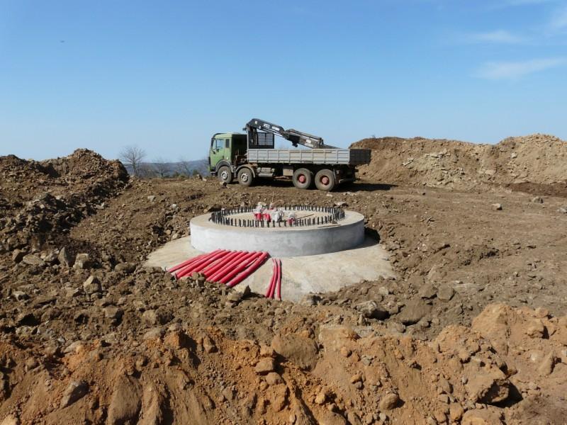 (Portugal) Construction du parc éolien du Sabugal 2967019593_fa0903893b_o.jpg