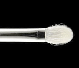 MAC Brush #217
