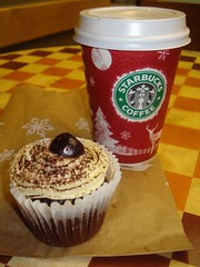 Christmas at Starbucks (Shigatsuhana) Tags: christmas starbucks mocha blackforestcake blackcherry darkcherry